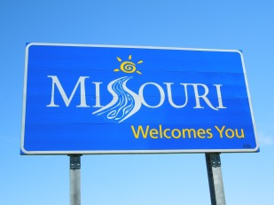 Move-to-Missouri-Road-Welcome-Sign